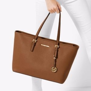 1d4258195bba Michael Kors Bags - Michael Kors Jet Set Trl MD Saffiano Leather Tote
